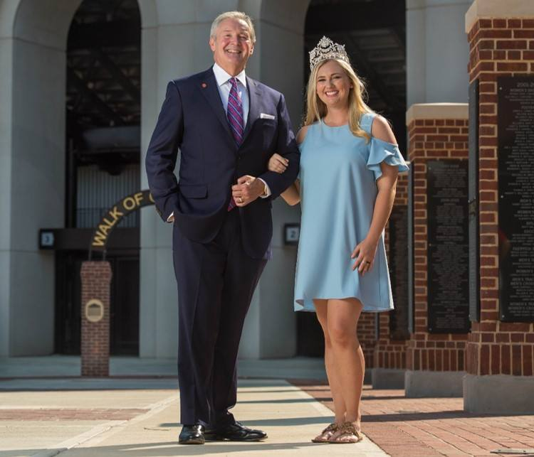 Senior public policy leadership major Christina Lawler is Ole Miss' 2017 Homecoming Queen! She's pictured with Hal Moore, president of the Ole Miss Alumni Association.